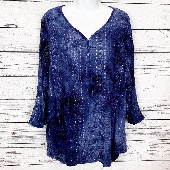 Dress Barn Tops - DRESS BARN blue sequin tie dye tunic top